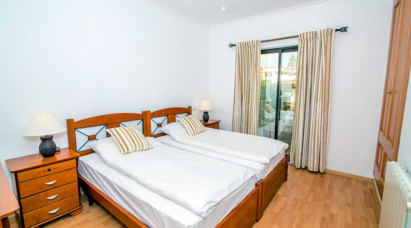 4BED0013